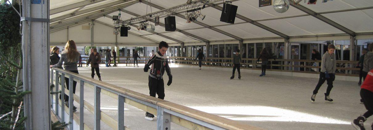 overdekte schaatstent huren